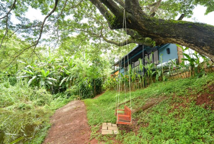 bed-villa-resort 1.jpg