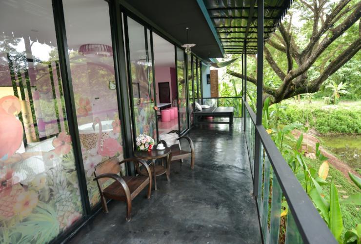 bed-villa-resort 2.jpg