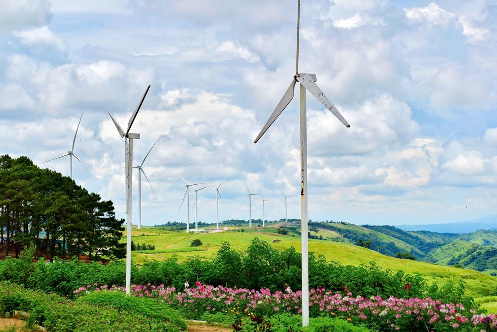 Wind turbines_Khao Kho 2.jpg